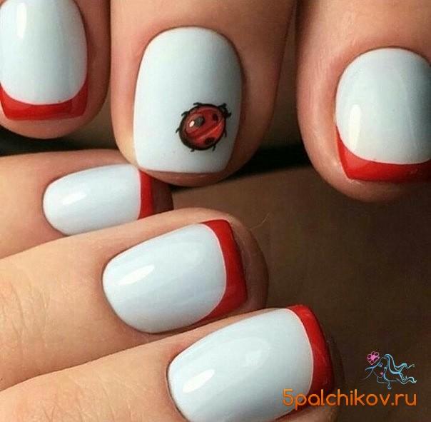 Дизайн ногтей заяц