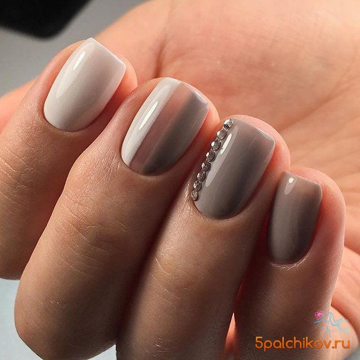 Фото ногти серый цвет со стразами