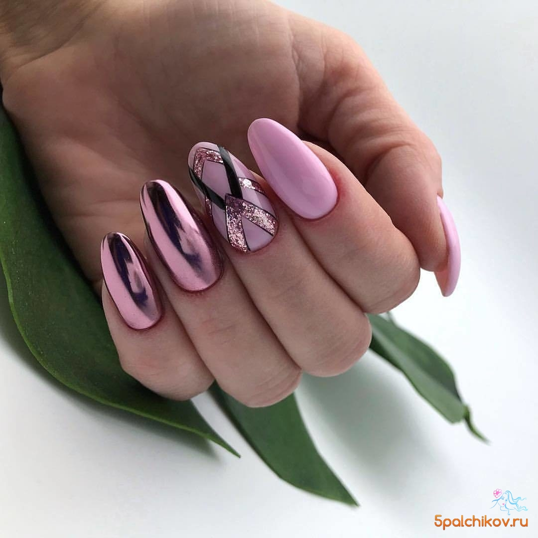 Роскошный розовый дизайн ногтей с втиркой и геометрией