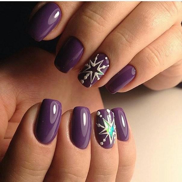 Дизайн ногтей звёзд