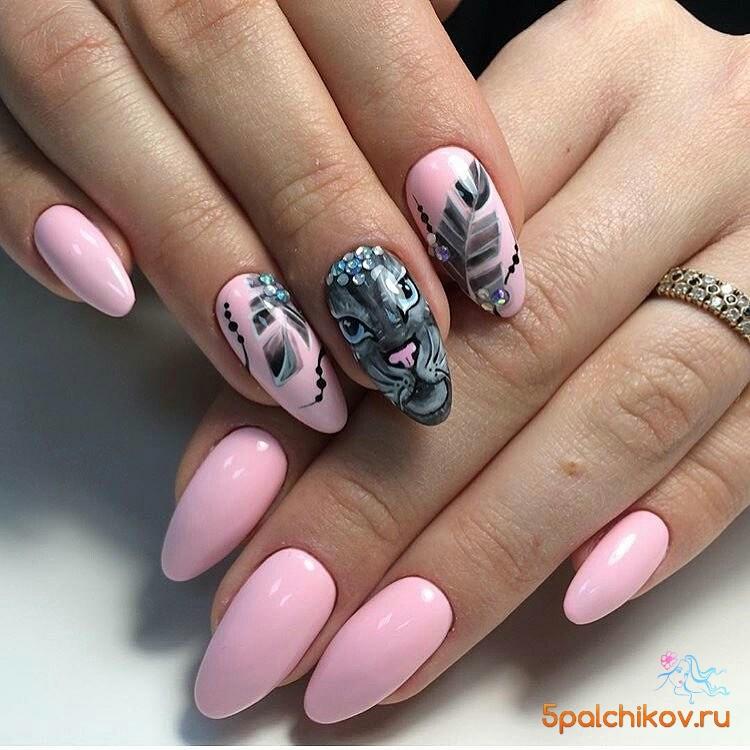 Дизайн ногтей насекомые