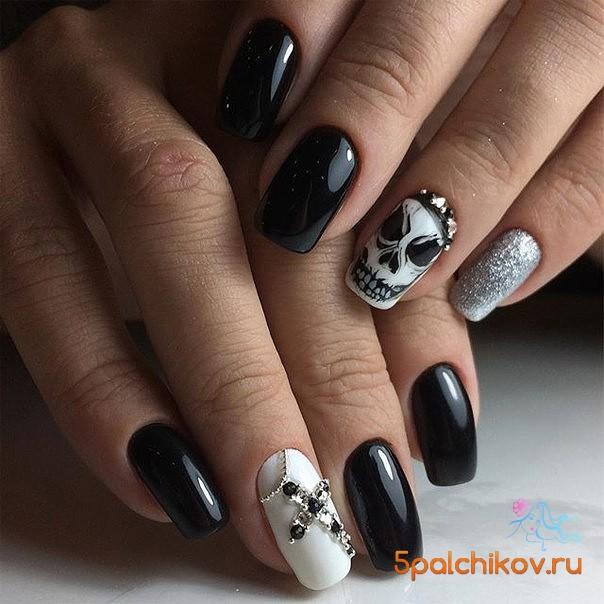 Фото ногтей с черепами