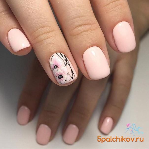 Дизайн ногтей нежные тона