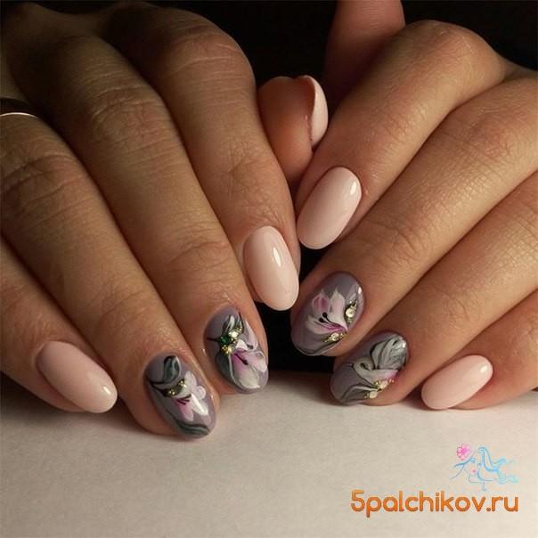 Ногти нарисованные