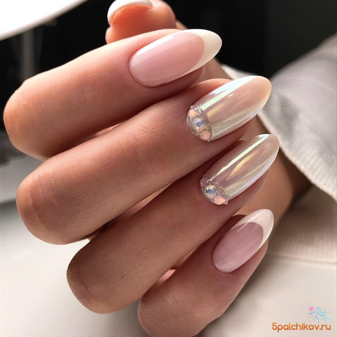 элегантный дизайн ногтей френч втирка