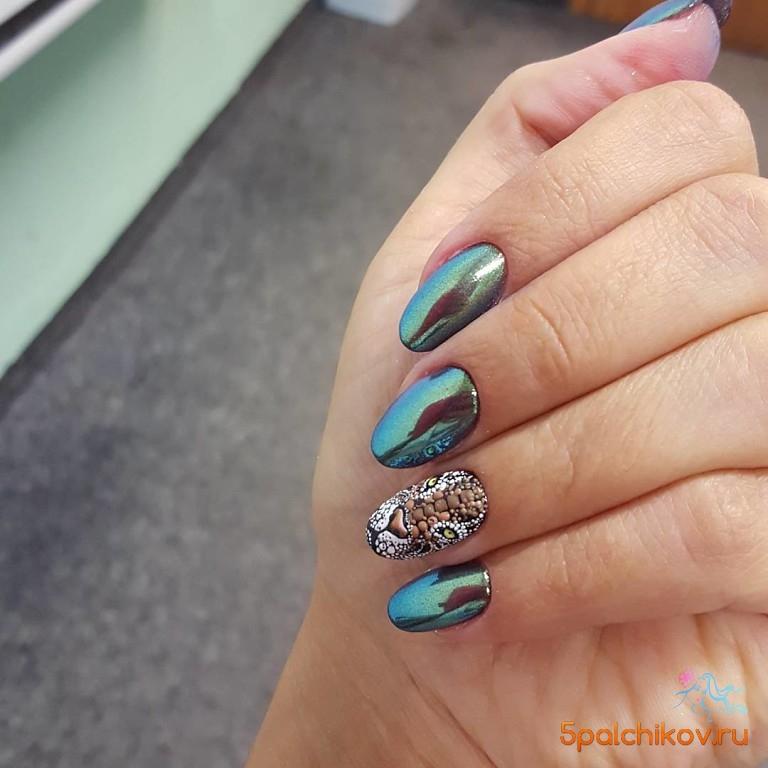 Дизайн ногтей малинового цвета 14